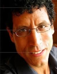 Si <b>Mohamed Rachdi</b> est connu au Maroc comme commissaire d'expositions, <b>...</b> - 1620525-2177813