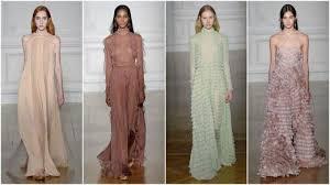 Тренд 2019: как носить длинное платье?