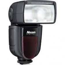 <b>Вспышка Nissin Di700A</b> для Fujifilm