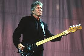 Roger Waters Performs Side 1 of <b>Pink Floyd's</b> '<b>Animals</b>' in 2000 ...