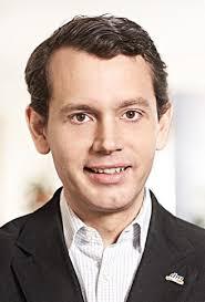 Christoph Werner ist seit Dezember 2010 bei dm-drogerie markt, ...