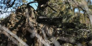 A top Marine Corps scout <b>sniper</b> sneaked up on enemy mostly ...