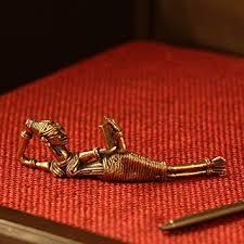 ExclusiveLane '<b>Reading</b> Beauty' <b>Handmade</b> Brass Decorative Living ...