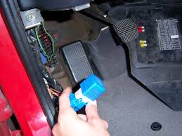 240sx tech how to isolate your fog light switch on your s14 1 the fog light relay behind the driver s side left side kick panel near the fuse box this relay is blue