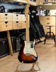 <b>Электрогитара Fender Player Stratocaster</b> Sunburst, с корпусом из ...