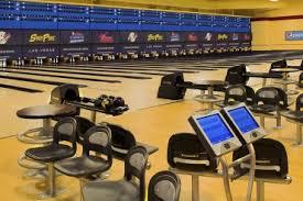 <b>Bowling</b> Plaza
