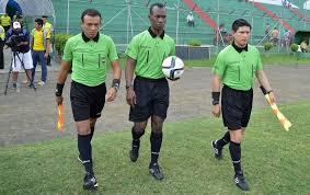 Resultado de imagen para Arbitros Serie B Ecuador