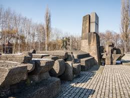 concentration camp essay   reflections of a concentration camp at    auschwitz and birkenau concentration camps