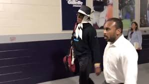 VIDEO: Cam Newton Exits Gillette Stadium in Walking Boot After ...