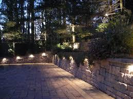 undermount lighting for a retaining wall backyard landscape lighting