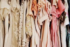 Afbeeldingsresultaat voor kleding