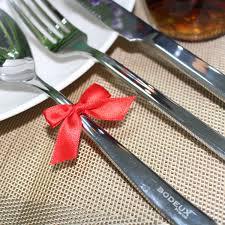 household dining table set christmas snowman knife: cute red butterfly christmas sliverware tableware decoration supplies dining table decoration knife fork creative decor pcs