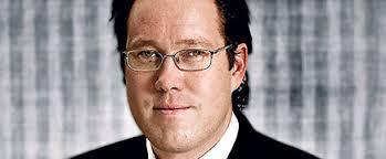 HQ Banks tidigare vice vd och tradingchef Fredrik Crafoord gör snart comeback, skriver Dagens industri. Han är aktuell för att bli mäklare på den nystartade ... - fredrik-crafoord-435