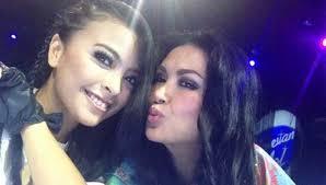 Tantri Kotak Dinilai Belum Layak Jadi Juri Indonesian Idol. Dua juri Indonesian Idol, Tantri Kotak dan Titi Dj. Foto: Twitter - 011758_289412_Tantry_Kotak