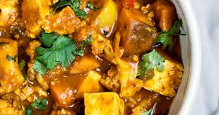 Vegetarian Tofu Cashew Coconut Curry | Recipe