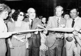 Resultado de imagen para inauguración del metro de caracas, imagenes