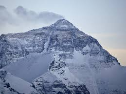 mount everest climber deaths how eric arnold fulfilling his mount everest climbers die on descent after reaching summit