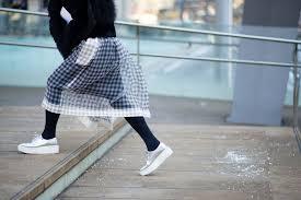 street style silver | Sneakers street style, Nyfw street style, Street style