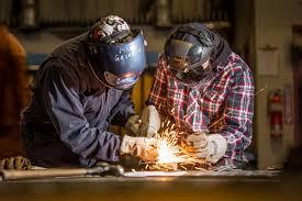 apprenticeship training trades technology colleges on apprenticeship training image