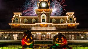 mickey s not so scary halloween party returns to magic kingdom mickey s not so scary halloween party returns to magic kingdom park tonight