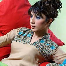 Forth-coming Pakistani Fashion model is young and charming Uzma Khan; who is enormously struggling to make her prominent place among the list of top class ... - Uzma_Khan