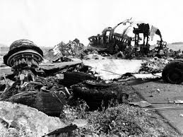 「1977, jumbo jets crashed in tenerife airport」の画像検索結果