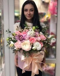 Шикарный <b>букет</b> из невероятных пионовидных роз и эвкалипта №7