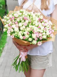 <b>Букет</b> из 25 кустовых роз 80 см заказать доставку в Ростове-на ...