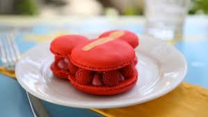 <b>Jolly Holiday</b> Bakery Cafe | Dining & Restaurants | Disneyland Park ...