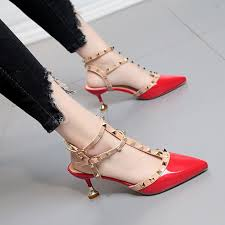 <b>Sandals</b> Women's <b>summer rivets</b> after the empty and sexy <b>Baotou</b> ...