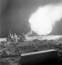 Prestigious Prussian Memes - historywars: British 25 pounder guns ... via Relatably.com