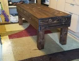 Sturdy Comfy Pallet Bench Improves Any Garden