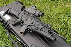 Автоматски и полуавтоматски јуришни пушки - Page 5 Images?q=tbn:ANd9GcRW6oAPBGnLNQBEYKJD9bzTsxrV32IP-P0nxYlaDHf_gKZ00gVhoA