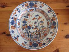 Plat en porcelaine du Japon à décor <b>Imari</b>, XVIIIe siècle | <b>Японская</b> ...