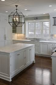 Kitchens Floors 17 Best Ideas About Small White Kitchens On Pinterest Small