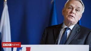 Boris Johnson is a liar with his <b>back to the wall</b>, says French FM ...