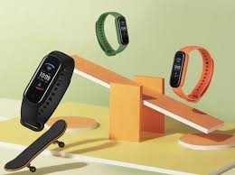 <b>Amazfit Band 5</b> is a $45 fitness tracker that can measure your blood ...
