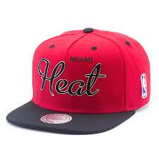 <b>Бейсболка Mitchell & Ness Nba</b> Miami Heat Sonic Snapback ...