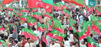 کارکنوں کو گاڑیاں لے کر ڈی چوک پہنچنے کی تاکید،عمران خان نے خیبرپختونخوا سے مزید کارکنوں کی کمک طلب کرلی
