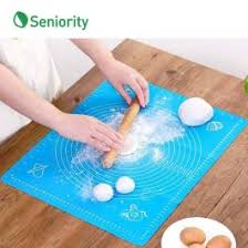 <b>Reusable Non-Stick</b> Kneading Dough Mat | Seniority