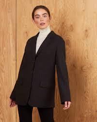 <b>Пиджак классический с</b> объемными плечами в интернет ...
