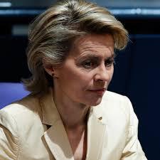 die-neue-verteidigungsministerin-ursula-von-der-leyen.jpg - die-neue-verteidigungsministerin-ursula-von-der-leyen