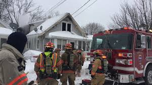dad kids escape north side house destroyed by fire during dad 8 kids escape north side house destroyed by fire during snowstorm com