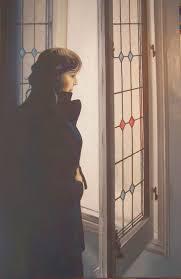 Resultado de imagen para mujer en la ventana