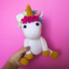 Free Crochet <b>Unicorn Pattern</b> - thefriendlyredfox.com