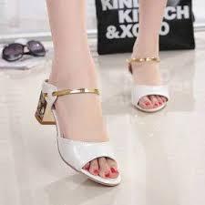 Buy 2019 new ladies sandals <b>summer Korean version of</b> rhinestone ...