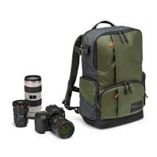 Street Medium <b>Backpack for DSLR</b>/CSC and laptop
