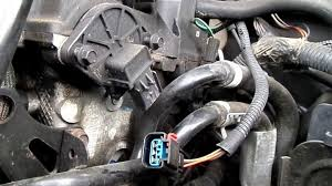 7 Symptoms of a Bad <b>Camshaft Position Sensor</b> (and Replacement ...