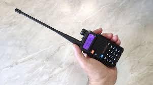 Обзор радиостанции <b>Baofeng UV</b>-<b>5R</b>: покупать или нет?