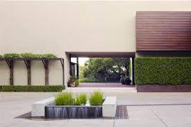 <b>Geometric</b> Designs Keep Plants in <b>Line</b>